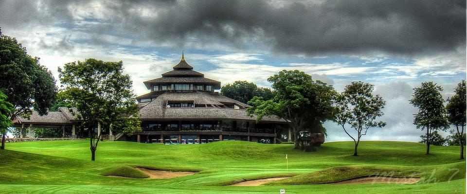 Santiburi Clubhouse from hole no 9