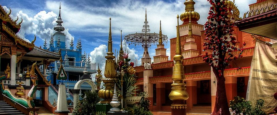 Wat Sai Khao - very special temple