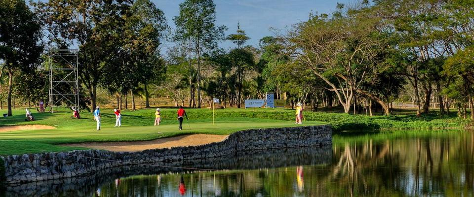Santiburi hole no 17 - Signature hole